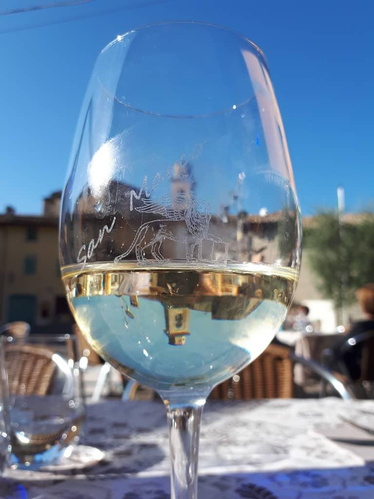Lugana wine glass